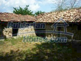 701:8 - Charming family bulgarian property near Veliko Tarnovo