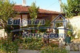 737:1 - Rural bulgarian house for sale near Plovdiv