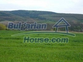 932:1 - Plot of agricultural bulgarian land near Gabrovo