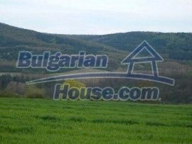 932:2 - Plot of agricultural bulgarian land near Gabrovo