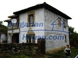 1007:2 - House in very good condition Lovech region