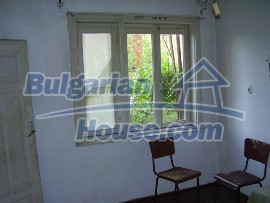 1103:4 - A village house near Pleven Bulgaria