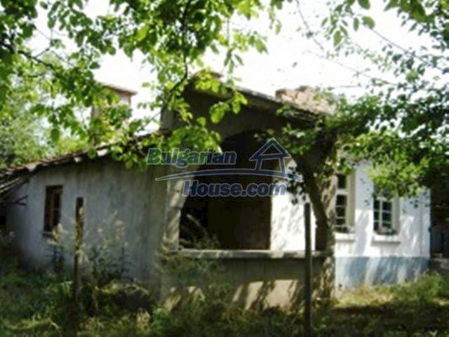 1148:2 - One storey bulgarian house near Stara Zagora