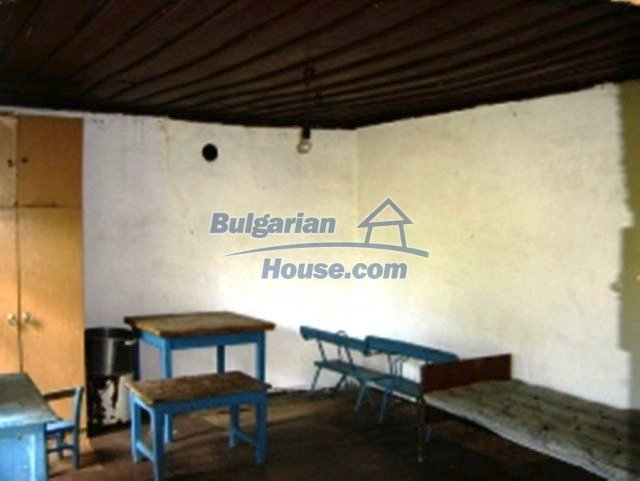 1148:7 - One storey bulgarian house near Stara Zagora
