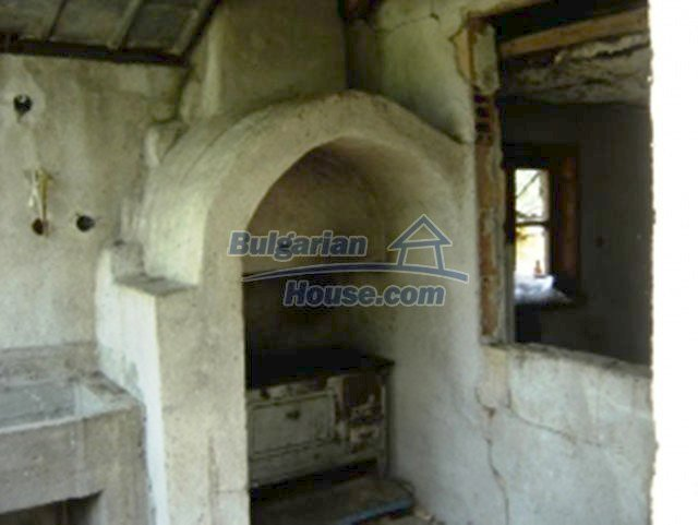 1148:8 - One storey bulgarian house near Stara Zagora