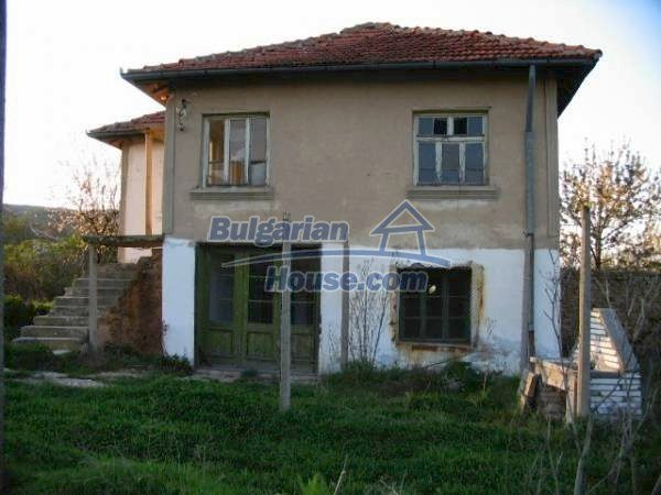 1343:2 - Solid bulgarian house for sale in Sakar Mountain