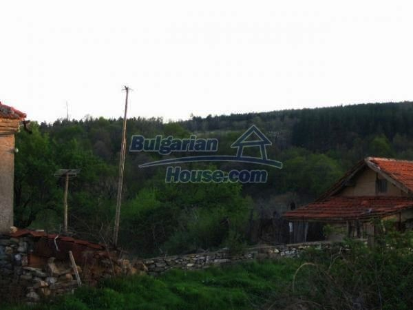 1343:9 - Solid bulgarian house for sale in Sakar Mountain