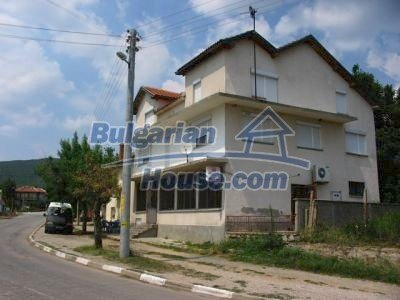 1358:2 - Two excellent bulgarian houses for sale near Topolovgrad