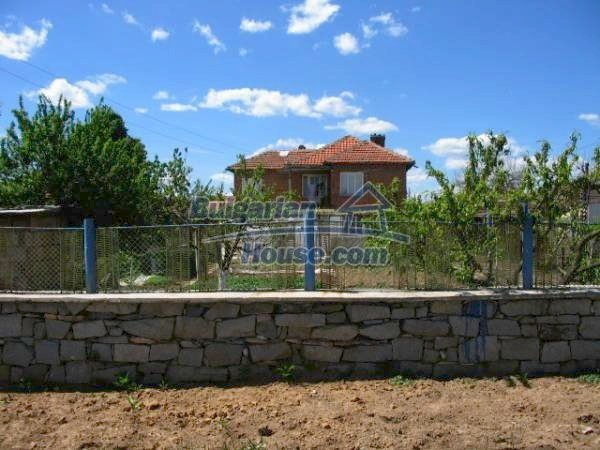 1418:3 - Wonderful village bulgarian house in Srem
