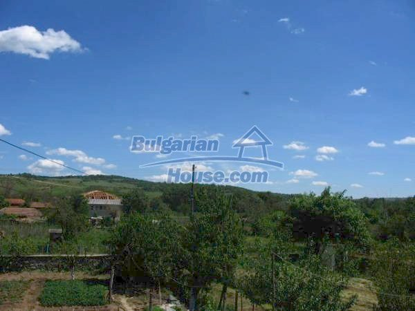1418:12 - Wonderful village bulgarian house in Srem