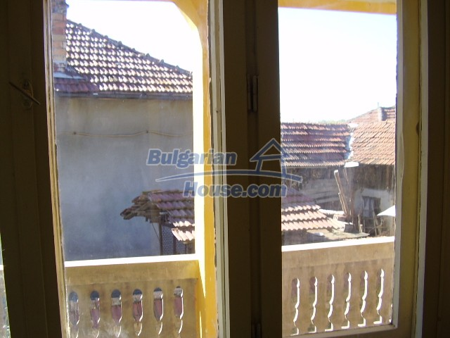 1562:10 - Two-storey bulgarian house for sale
