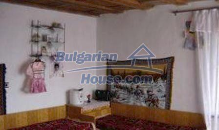1616:2 - Bulgarian rural house near Kazanlak, for sale