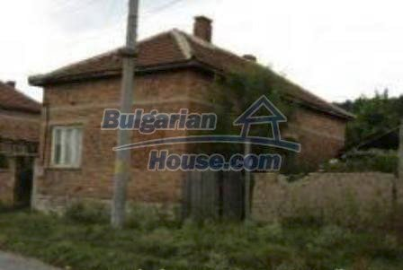 1700:1 - Rural bulgarian house