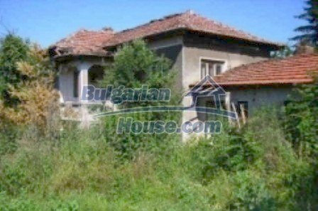 1763:1 - Rural family house for sale in Lovech, Bulgaria