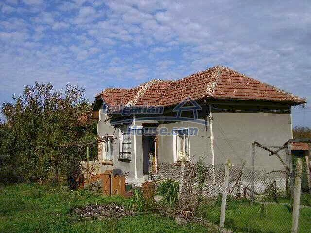 1787:2 - Rural bulgarian house for sale near the river of Osam in Lovech