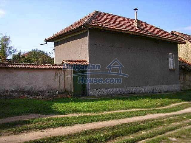1787:3 - Rural bulgarian house for sale near the river of Osam in Lovech