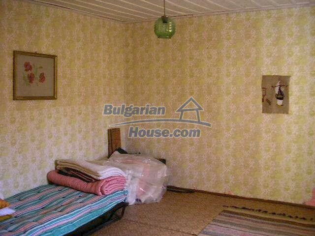 1787:11 - Rural bulgarian house for sale near the river of Osam in Lovech