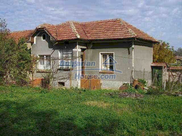 1787:15 - Rural bulgarian house for sale near the river of Osam in Lovech