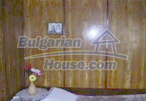 1853:4 - A wonderful Bulgarian village house near a river