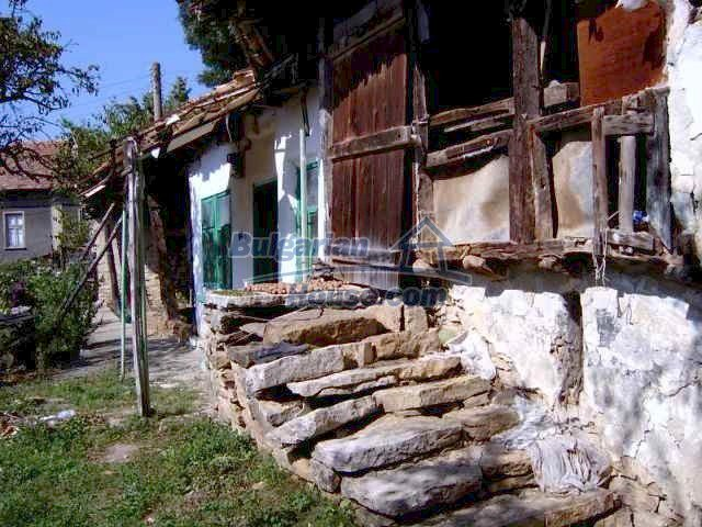 1898:3 - Bulgarian rural house in Lovech region