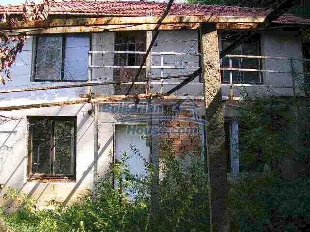 1904:1 - Old-style  Bulgarian property in Lovech for sale