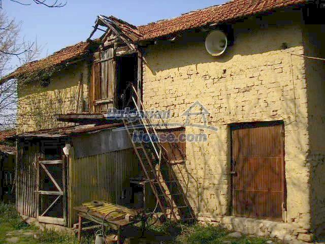 1985:10 - Cozy house for sale near Lovech, Bulgaria