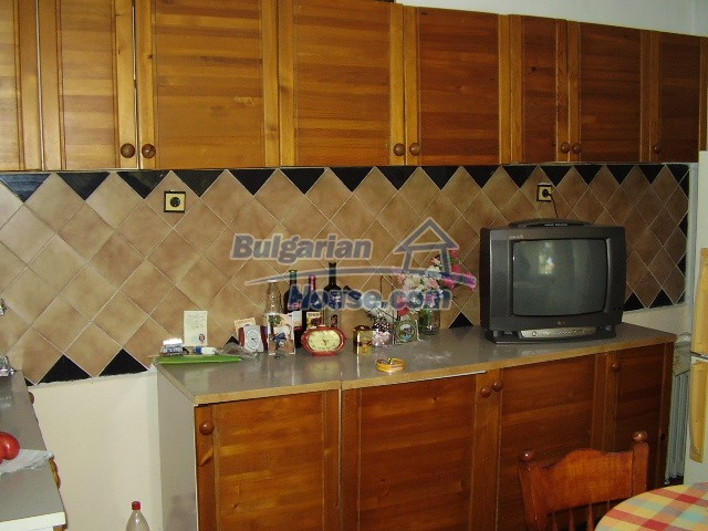 2036:8 - Charming bulgarian houses in very good condition for sale, Pleve