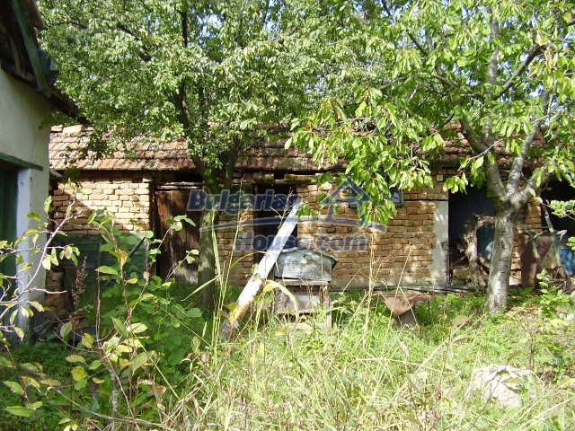 2045:3 - Rural bulgarian house for sale