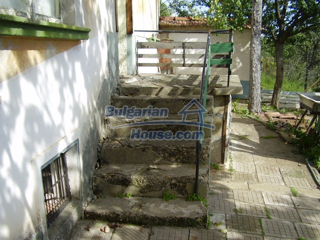 2045:7 - Rural bulgarian house for sale