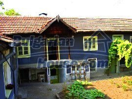 2150:2 - A wonderful authentic rural bulgarian house near Peven