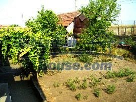 2150:8 - A wonderful authentic rural bulgarian house near Peven