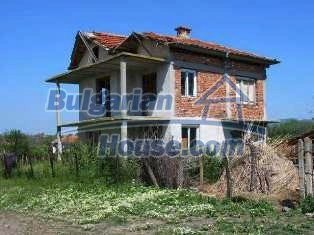 2162:1 - Solid bulgarian house for sale in Elhovo region