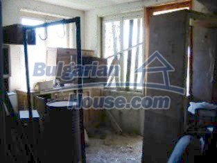 2162:5 - Solid bulgarian house for sale in Elhovo region