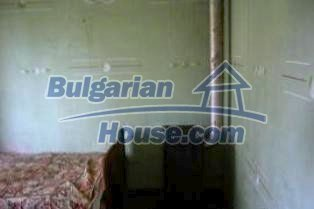 2213:6 - A Bulgarian property with a huge gargen for sale