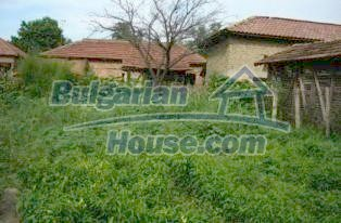 2336:11 - A lovely two storey bulgarian house near the river Vit