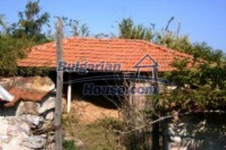 2495:3 - Buy a solid rural familiy bulgarian house near Nova Zagora