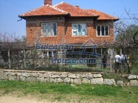 2513:1 - Solid bricck bulgarian house for sale near Topolovgrad, Haskovo