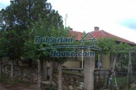 2543:5 - Rural bulgarian house in mountain village near Nova Zagora