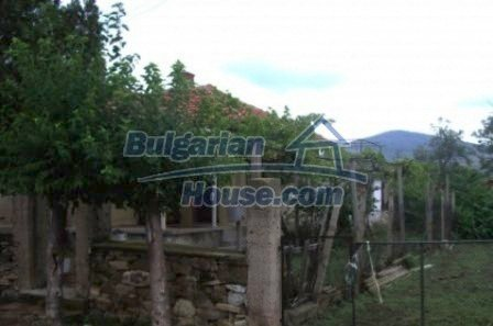 2543:6 - Rural bulgarian house in mountain village near Nova Zagora
