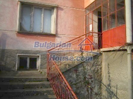 2645:4 - Single-storey plastered outside bulgarian house near Harmanli, H