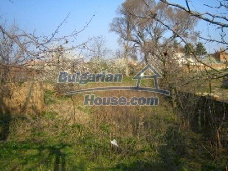 2645:8 - Single-storey plastered outside bulgarian house near Harmanli, H