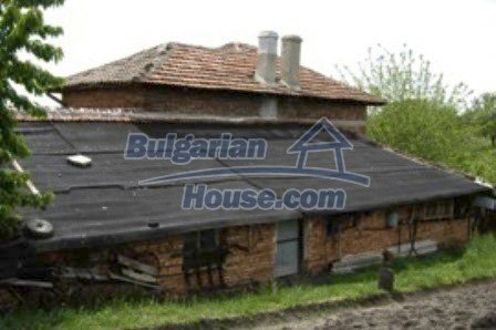 2726:4 - DISCOUNTED Rural brick bulgarian house for sale