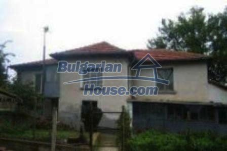 2753:12 - Cheap Bulgarian house in Haskovo region