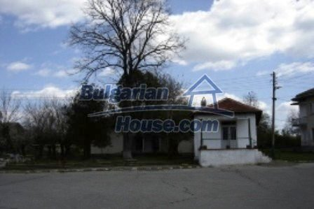 2774:5 - Former school for sale near Stara Zagora in Zlatna Livada