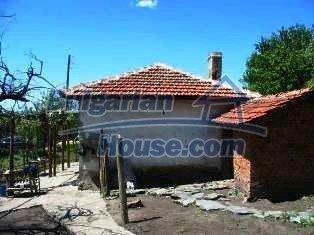 2837:2 - Little rural bulgarian house in the attractive village of Boyano