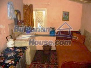 2837:4 - Little rural bulgarian house in the attractive village of Boyano