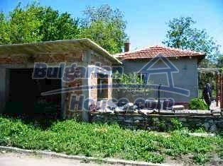 2837:5 - Little rural bulgarian house in the attractive village of Boyano