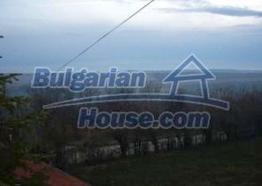 2885:12 - A  spacious three storey villa near Pleven