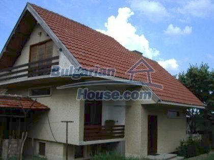 2927:1 - Two-storey bulgarian house, 5 km away from the town of Nova Zago