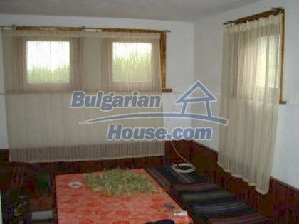 2927:3 - Two-storey bulgarian house, 5 km away from the town of Nova Zago